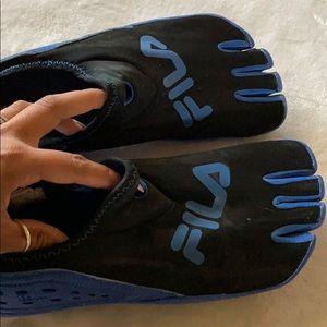 Fila skele-toes shoes